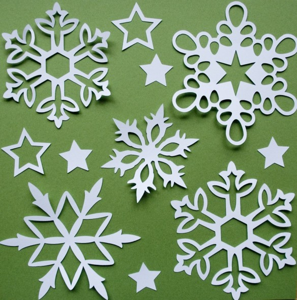 Jan 28, 4-5pm Snowflake-Making | Trinity United Methodist
