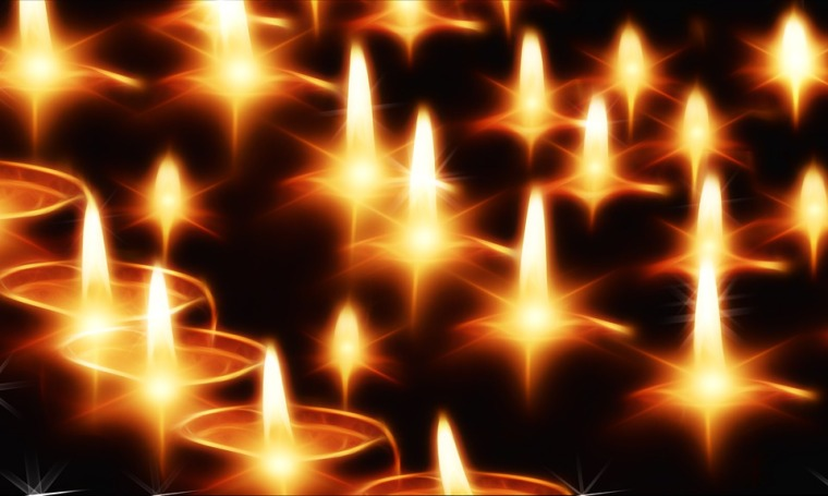 Image of candle flames